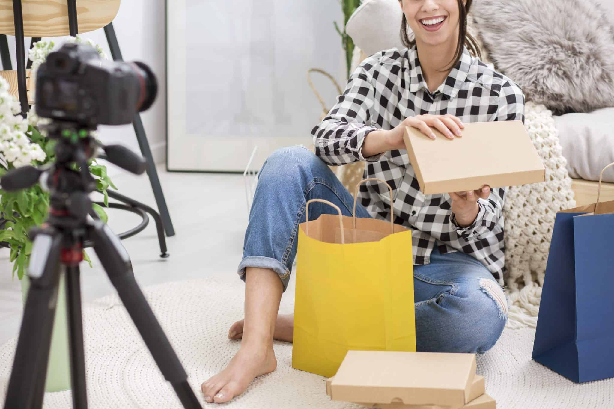 How to Make eCommerce Customers Fall in Love with Your Brand