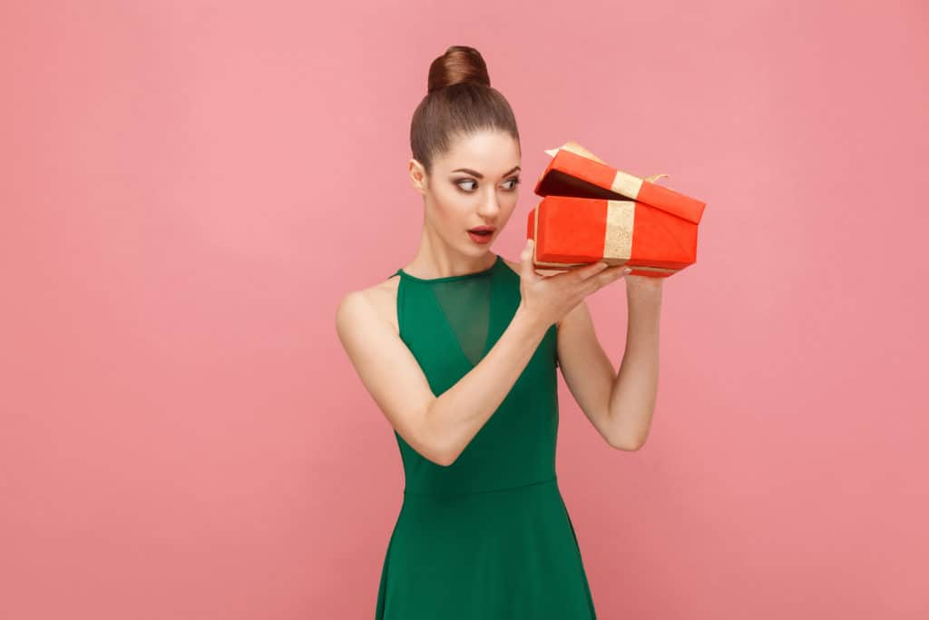 Why Unboxing Videos Still Work & How To Use Them To Grow Your Business